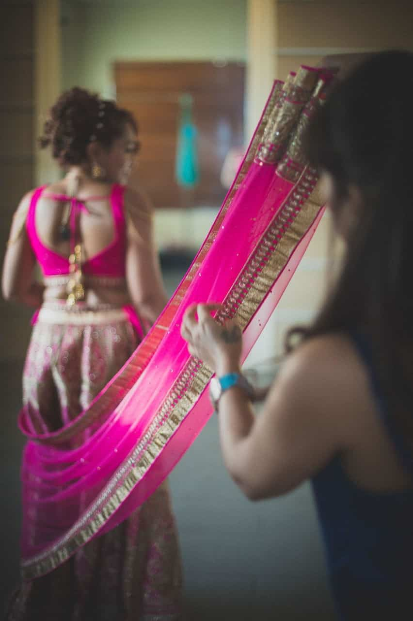 Getting-Ready-wedding-photography-bali-pink-lehenga-bride
