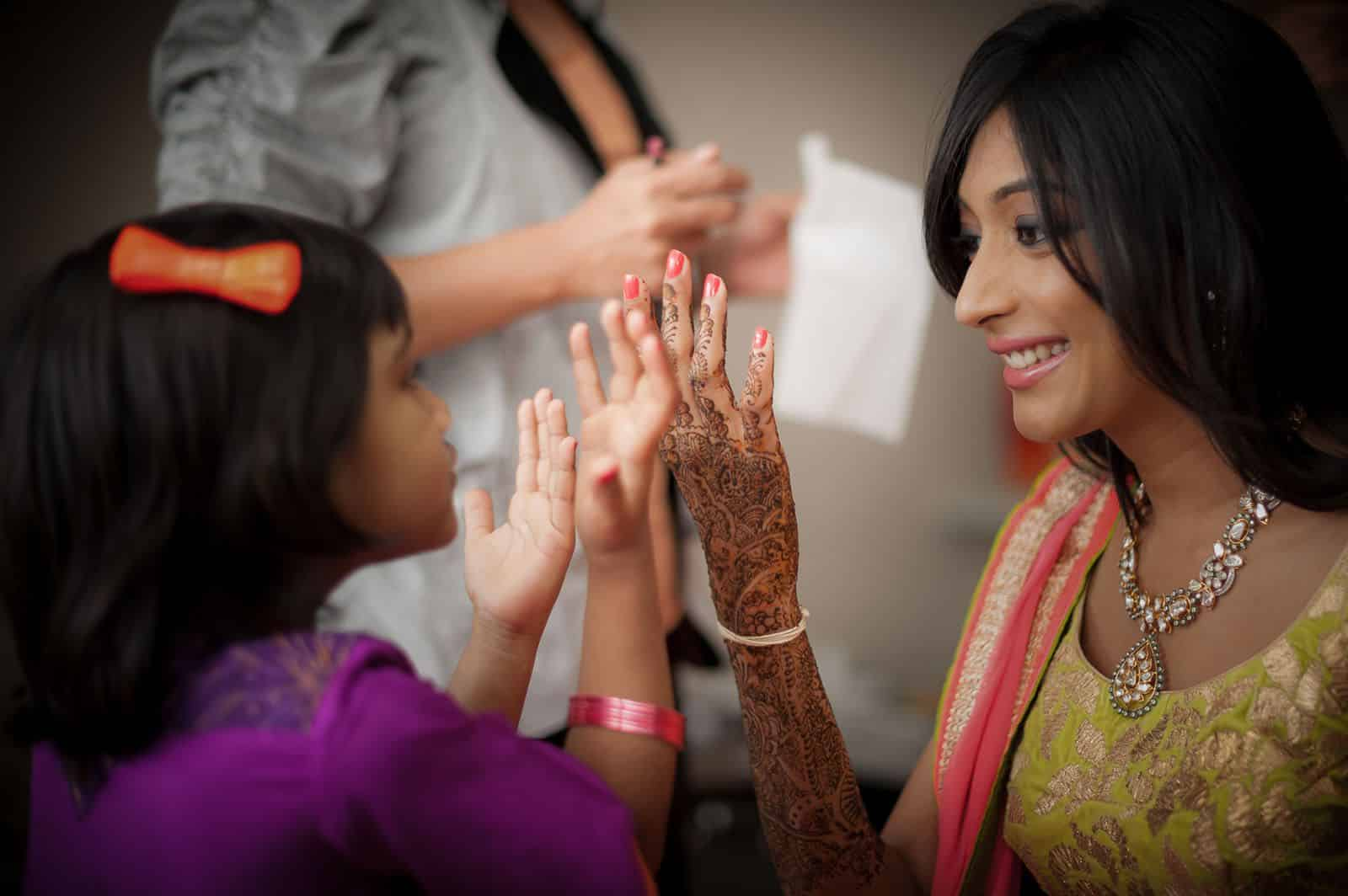 wedding-photography-mehendi-playful-happy-getting-ready