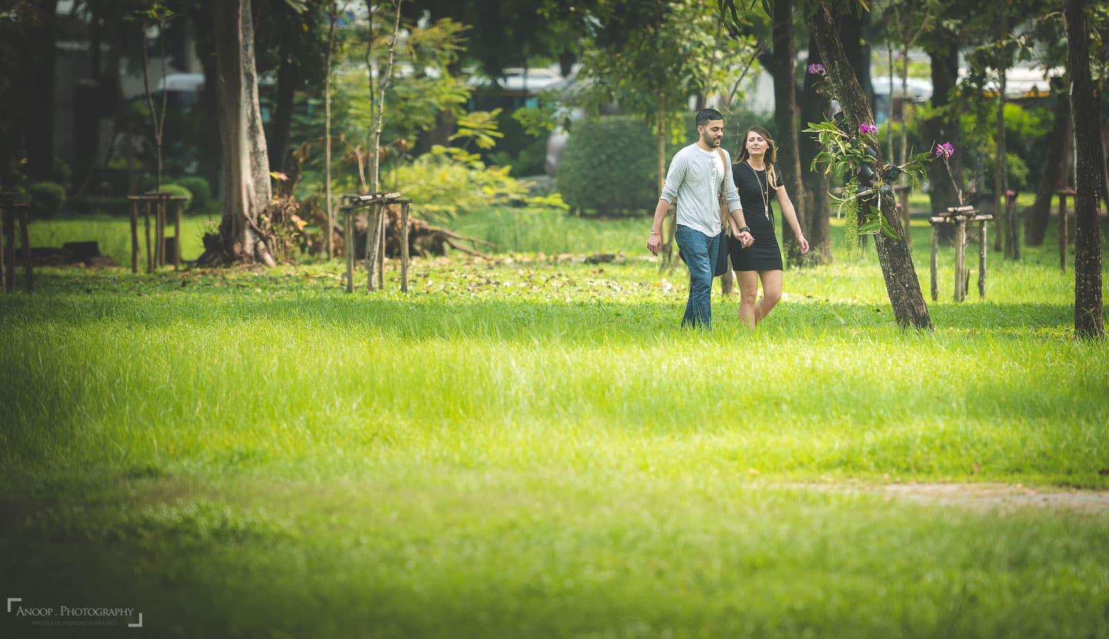 surprise-proposal-photographer-thailand-surprise-engagement-photography