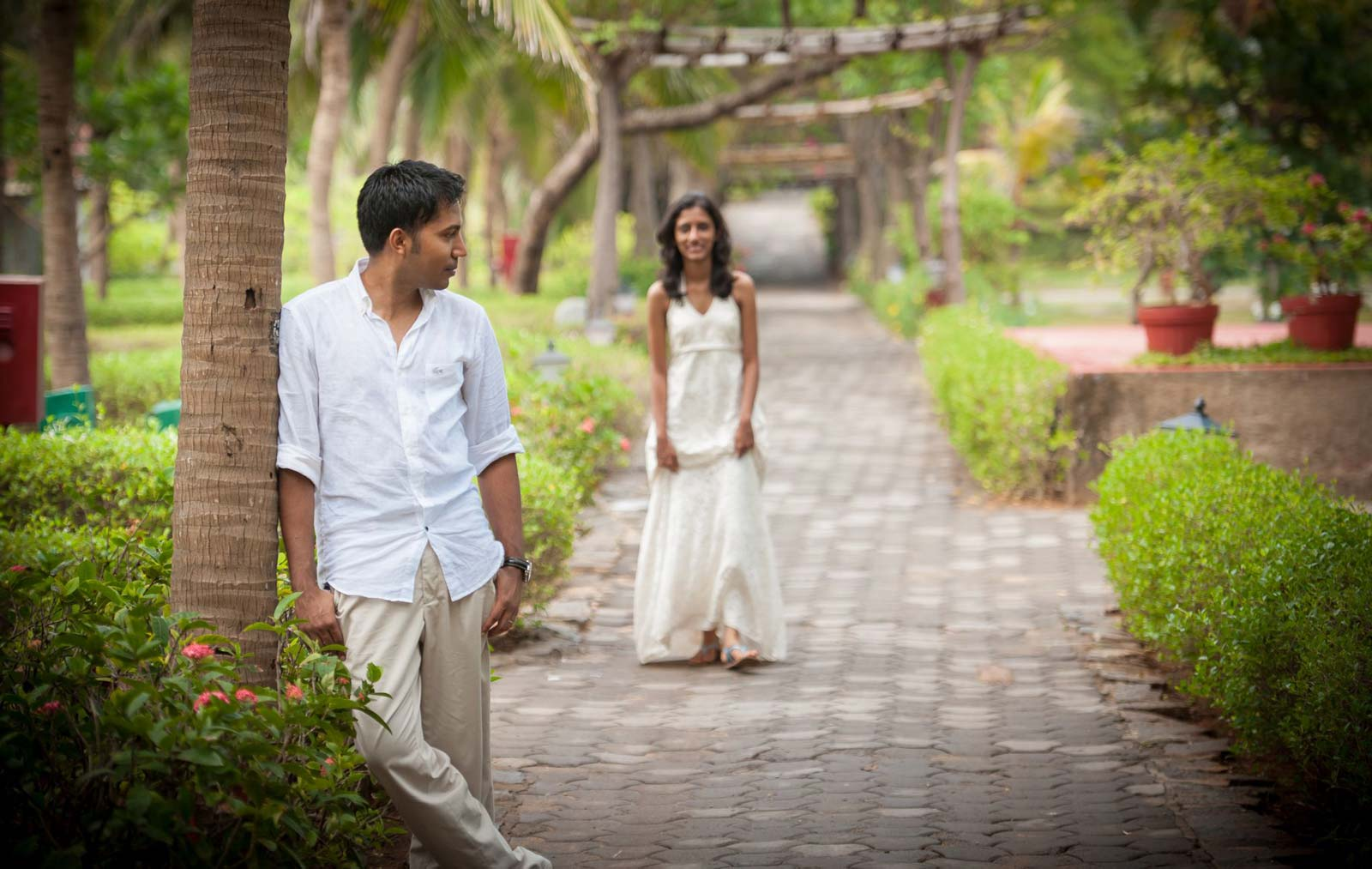 Best Wedding Photographer India | Couple Photography Taj Fishermans Cove Mahabalipuram