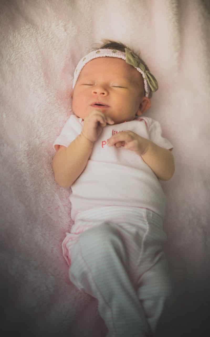 anoop-new-born-kids-photographer-bangkok-princess-cute-pink
