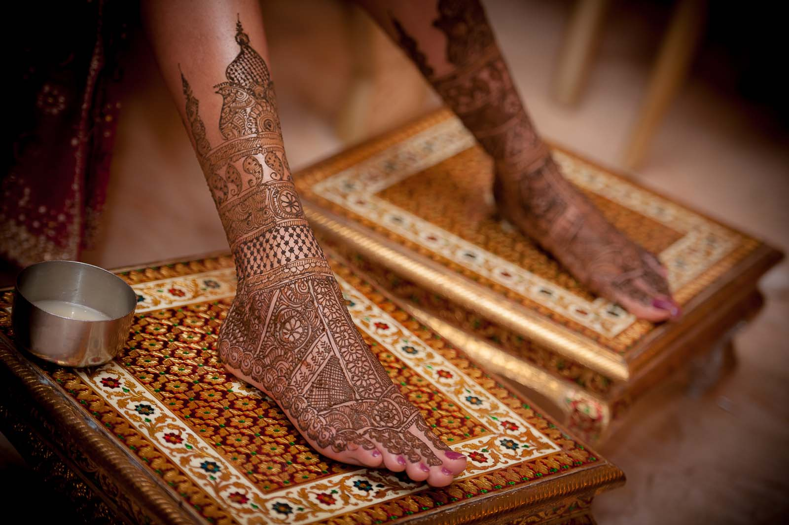 mehendi-wedding-photography-bangalore-feet-photo