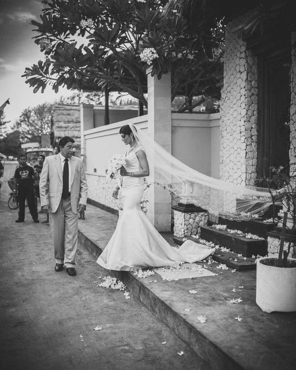 Best Wedding Photographer Thailand | Bride Leaving Father Bali Gili Beach