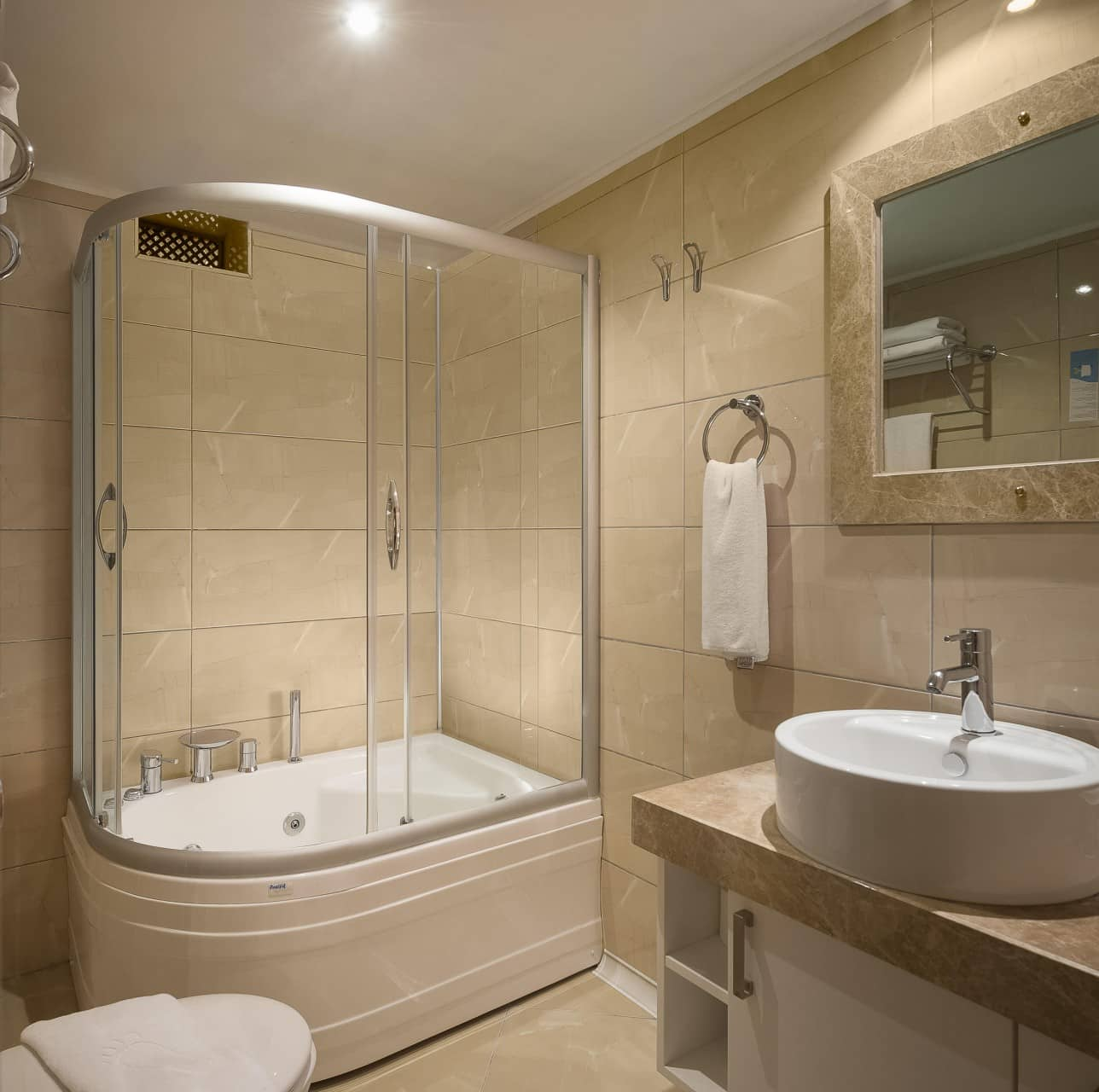 Best Architecture Photographer Thailand | Dogan Hotel Antalya Kaleici Suite Bathroom