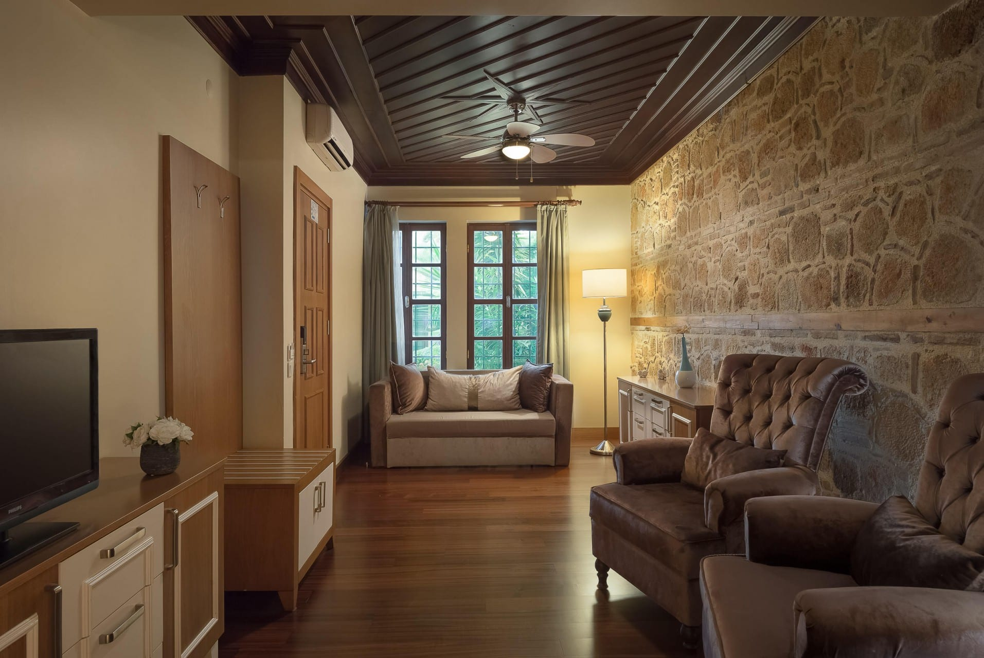 Best Architecture Photographer - Prana Resorts Thailand    Dogan Hotel Antalya kaleici Suite Living Room