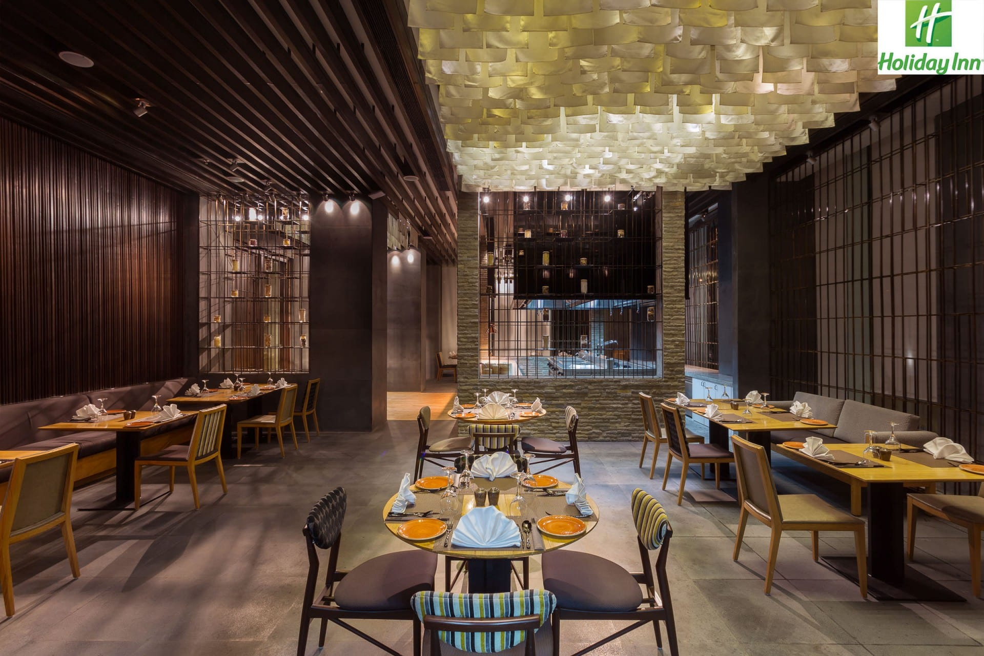 Best Architecture Photographer India   Holiday Inn Restaurant Photography Jaipur